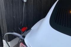 Tesla-lataus